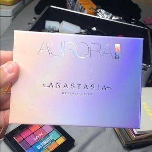 Anastasia Beverly Hill Aurora Glow Kit